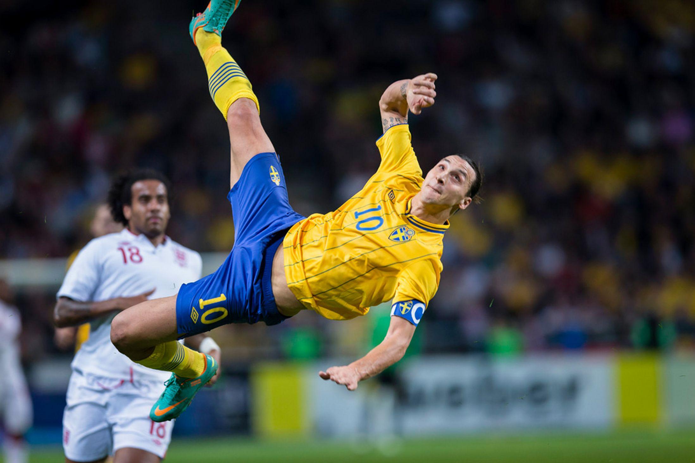 Um dos momentos mais marcantes do capitão da Suécia  Fonte: hdpaperwall.com