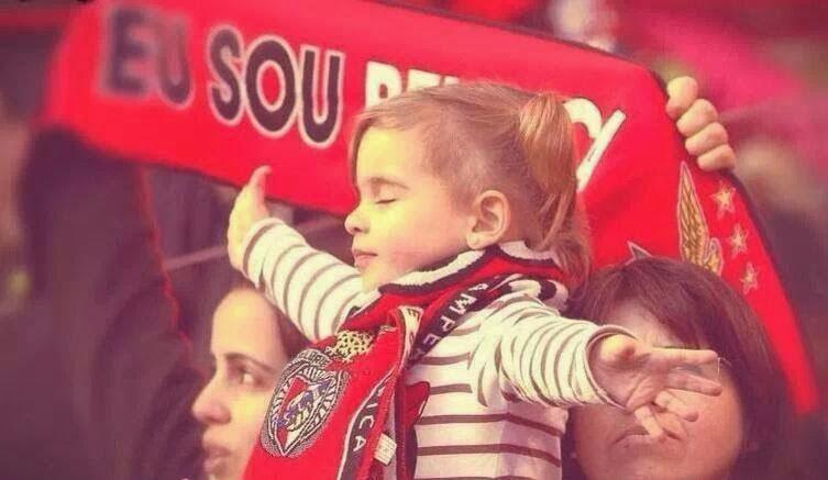 Haja sempre Benfica Fonte: ontemvi-tenoestadiodaluz.blogspot.com