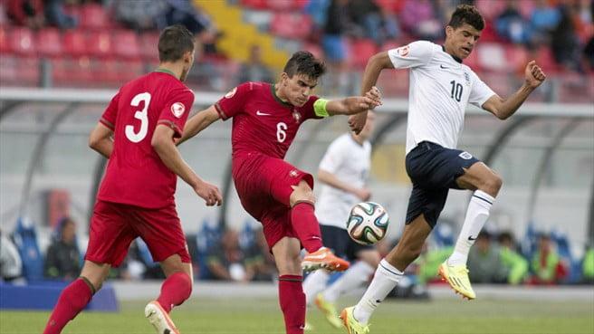 Ruben Neves. capitão de Portugal, demonstrou uma enorme maturidade  Fonte: UEFA