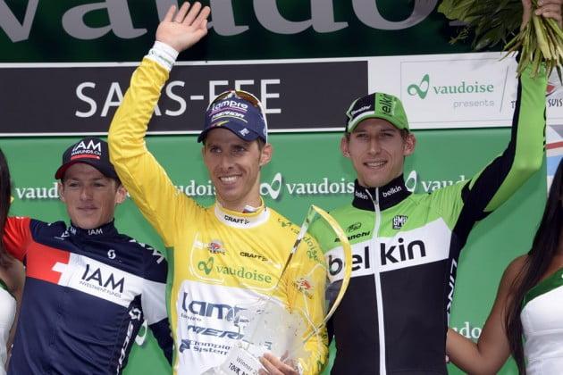 Rui Costa no topo do pódio da Volta à Suíça  Fonte: newslocker.com