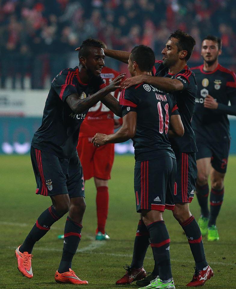 Talisca festeja mais um golo Fonte: Facebook Benfica