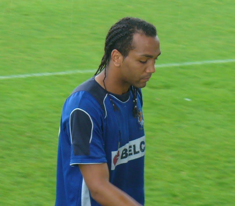 Emilio Nsue é um dos mais jogadores mais cotados dos anfitriões  Fonte: Wikipédia