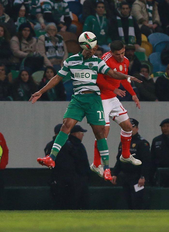 Muito duelo físico e pouco futebol no derby de Alvalade Fonte: Facebook do Sport Lisboa e Benfica