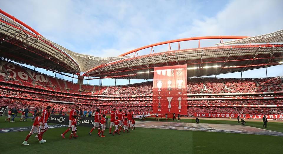 Em 11 jogos na Luz para o campeonato…10 vitórias para o Benfica Fonte: facebook do Sport Lisboa e Benfica