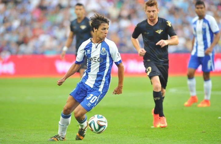 Óliver é o dínamo do meio-campo azul e branco  Fonte: Facebook do FC Porto