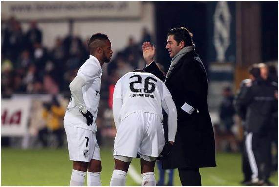 Rui Vitória perdeu Hernâni, a principal arma ofensiva que tinha na equipa. Fonte: Facebook do Vitória Sport Clube