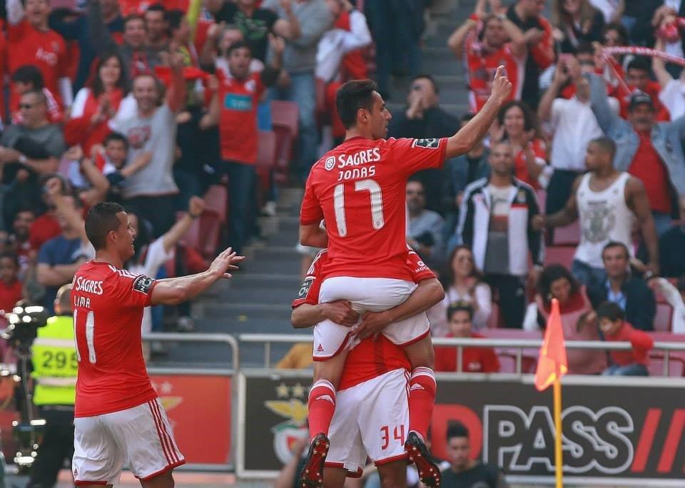 Jonas já leva 24 golos de águia ao peito Fonte: Facebook do Sport Lisboa e Benfica