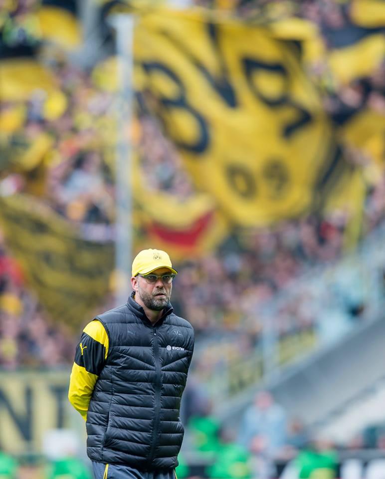 O carismático treinador reconduziu o Dortmund aos títulos Fonte: Facebook do Dortmund
