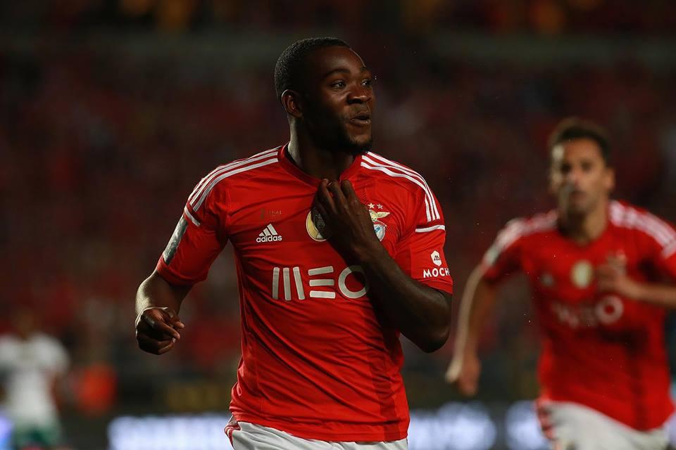 Ola John desbloqueou o jogo Fonte: Facebook do Benfica