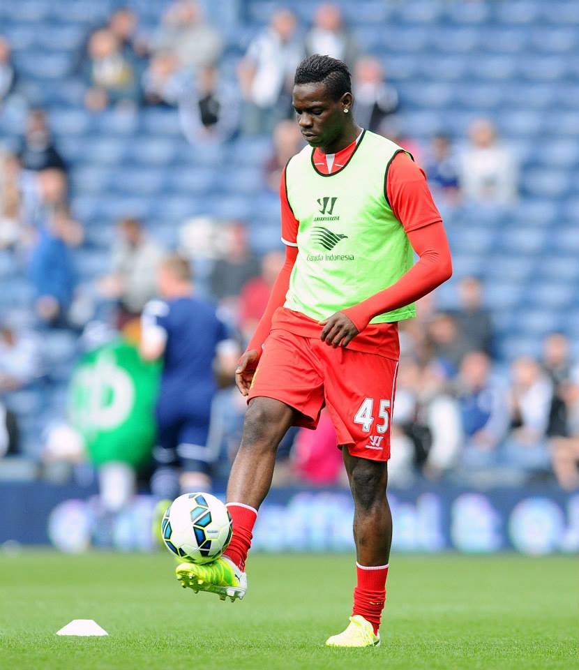 Balotelli não se conseguiu impor em Liverpool Fonte: Facebook Liverpool FC
