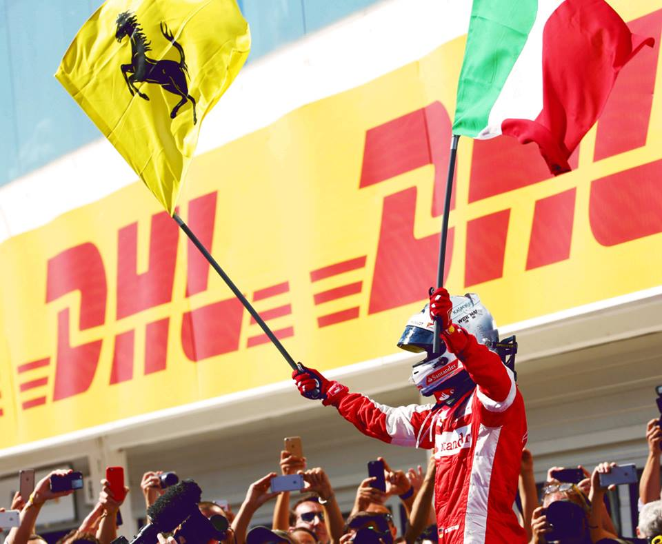 Vettel celebra a vitória Fonte: Facebook de Sebastian Vettel