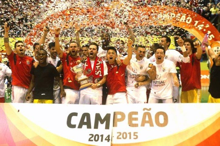 O Benfica vai ter a difícil missão de tentar manter o título na Luz Fonte: Blogue 'Benfica 365'