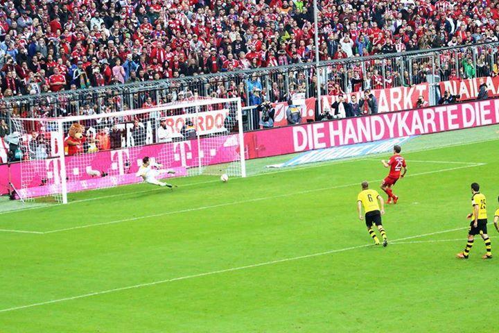 Um dos golos da partida Fonte: Facebook do Bayern de Munique