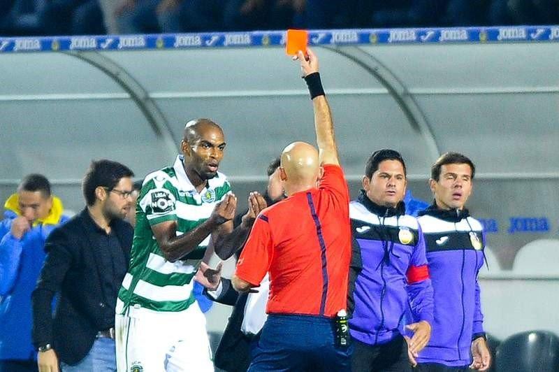 Naldo foi a primeira grande vítima das provocações constantes que o Sporting irá sofrer.  Fonte: desporto.sapo.pt