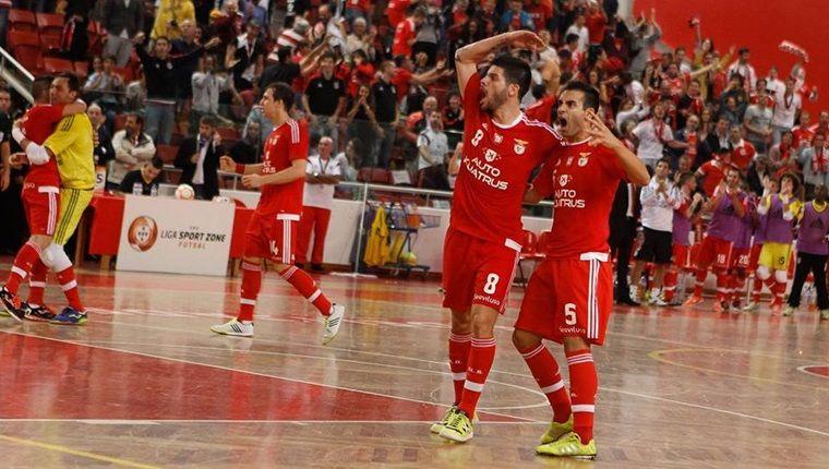 Um final impróprio para cardíacos provocou grandes festejos no fim Fonte: Futsal Global