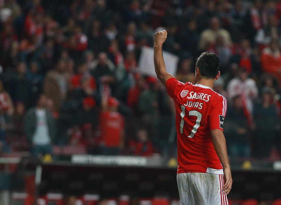 60 jogos e 51 golos de águia ao peito...; Fonte: Facebook do Sport Lisboa e Benfica