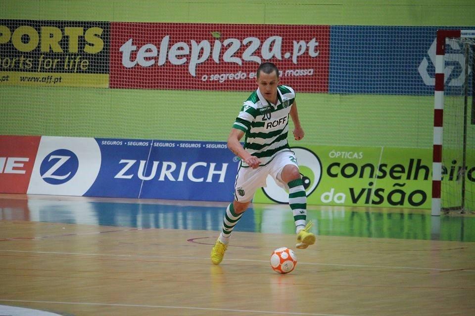 Rodolfo Fortino vai ter oportunidade de se estrear em derbies Fonte: #Sporting CP