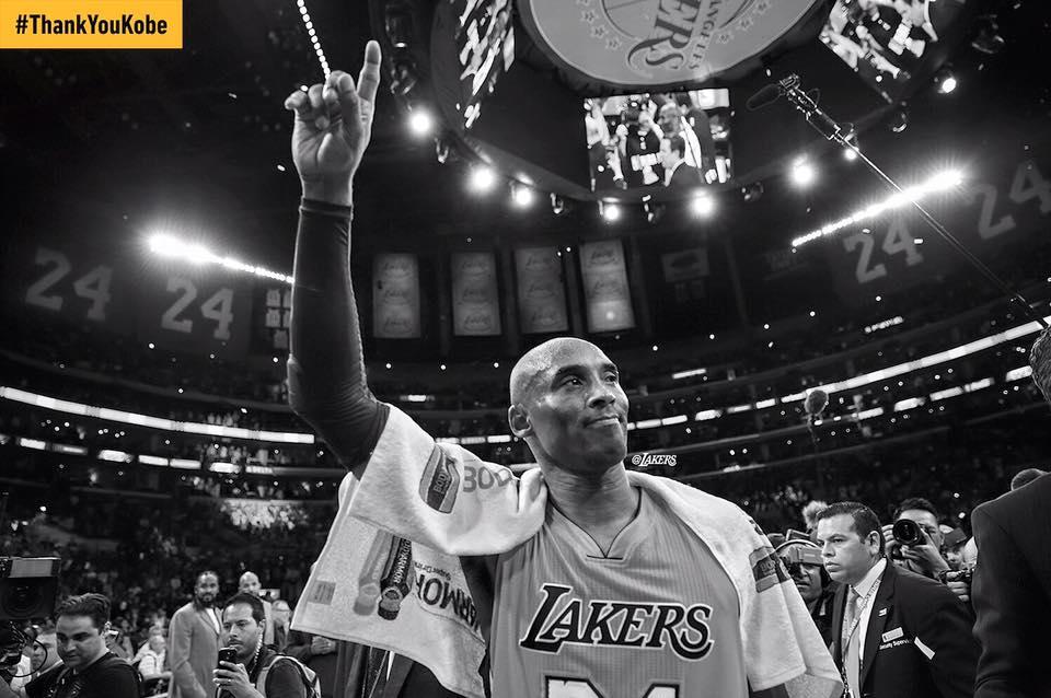 Kobe Bryant despede-se do espetáculo da NBA Fonte: LA Lakers