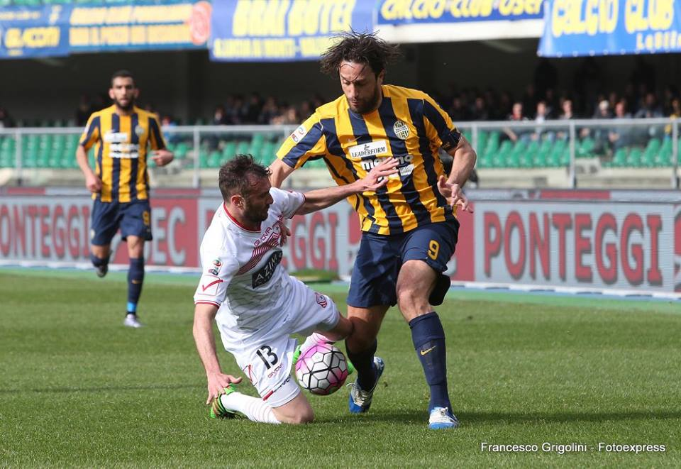 Luca Toni foi a principal figura do Hellas Verona neste regresso à Serie A Fonte: Francesco Grigolini/Fotoexpress