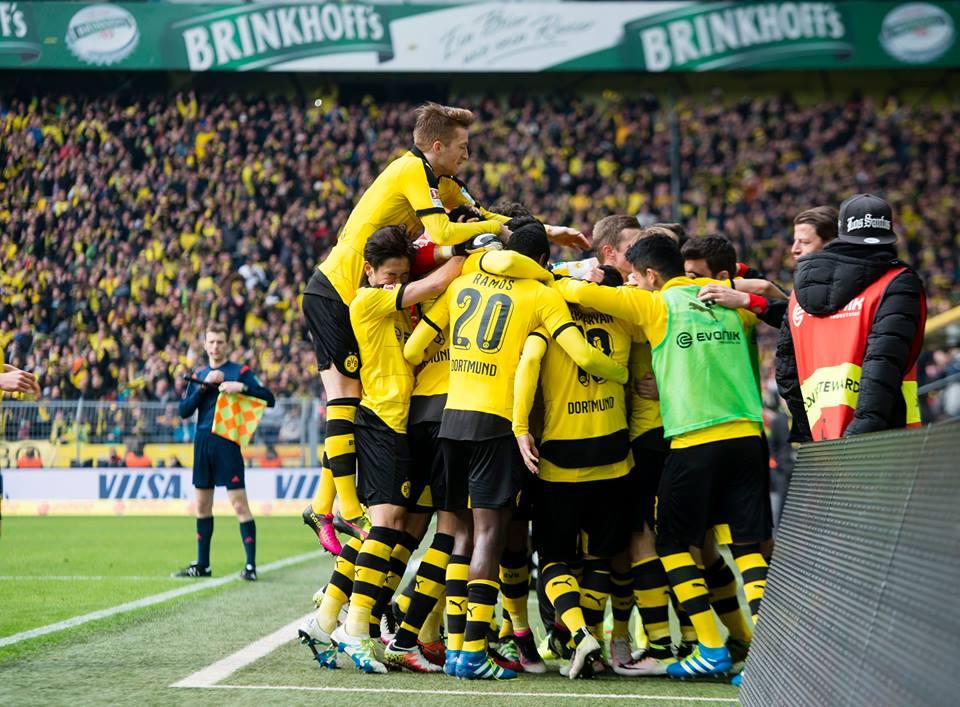 """Thomas Tuchel fez """"renascer"""" o Borussia Dortmund, que havia ficado em 7º lugar na temporada passada. Fonte: BVB Dortmund"""