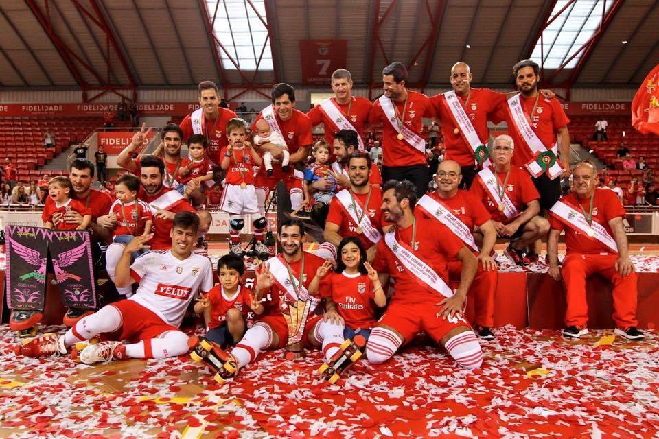 O bicampeão SL Benfica procura o tricampeonato 35 anos depois Fonte; SL Benfica