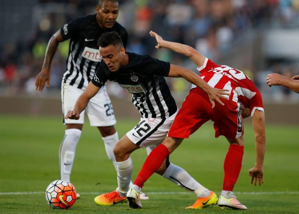 O brasileiro Leonardo acabou por ser o homem do jogo Fonte: FK Partizan