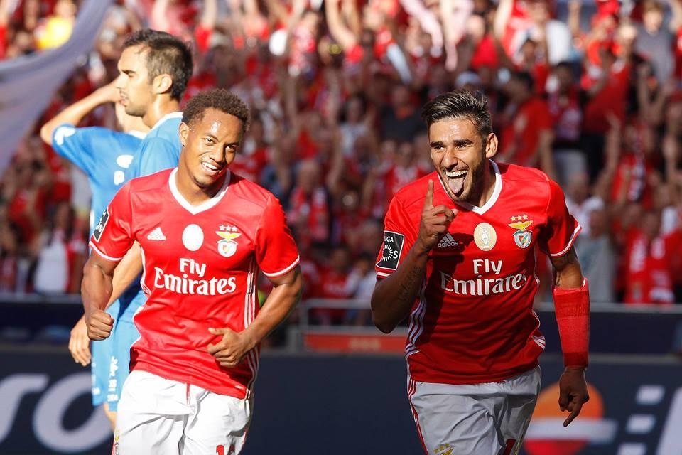 """Com alguma sorte à mistura, Salvio apontou o segundo dos """"encarnados"""" Fonte: SL Benfica"""