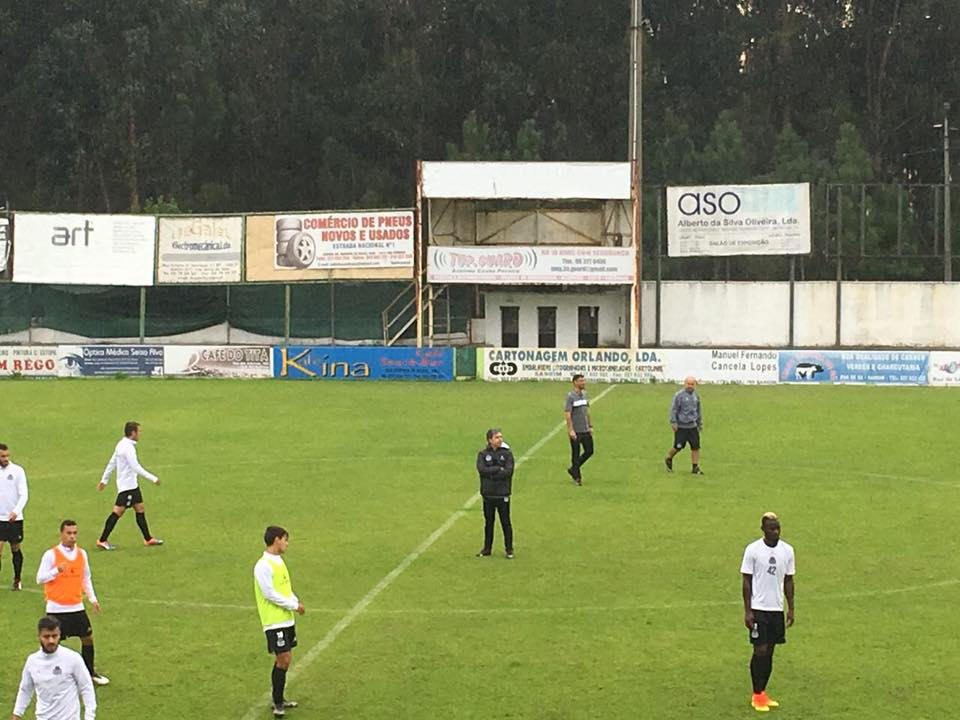 Miguel Leal, substituto de Sánchez, já orientou a sessão de treino desta terça-feira Fonte: Boavista FC